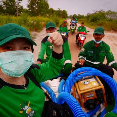 firefighting team fires forest borneo